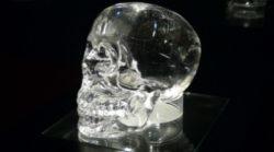 Kristallschaedel-Tattva-Vivekacrystal-skull