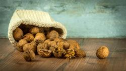 Natuerliche-Schlafmittel-walnuts