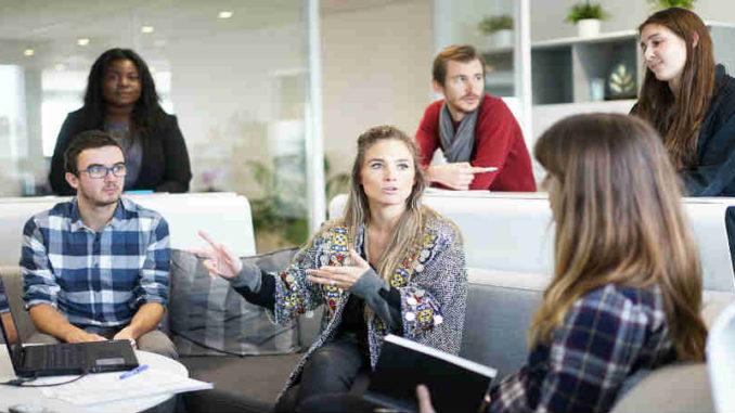 Achtsamkeit-in-Unternehmen-Andrea-Riemer-workplace