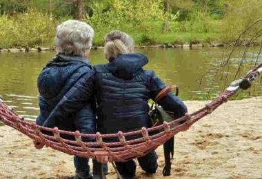 Angehoerige-an-Demenz-erkrankter-Elternteile-Ute-Freyaldenhoven-woman