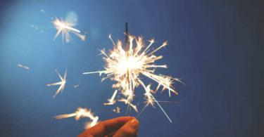 Astrologie und Leidenschaft!-astrologische-Trends-November19-Funken-sparkler