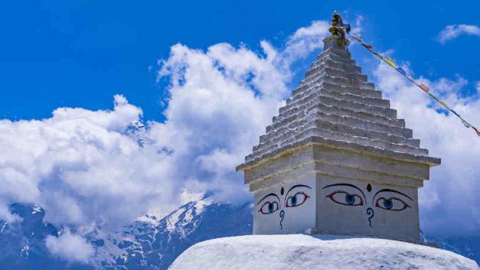 nepal-reise-lion-tours-sabine-stegmann-stupa