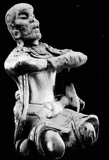 Nana-Nauwald-rituelle-Koeperhaltung-Maya-Mann