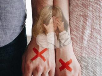 Trennung-scheidung-kind-hands