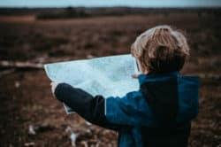 entfremdete-getrennte-Eltern-junge-landkarte-julia-bleser