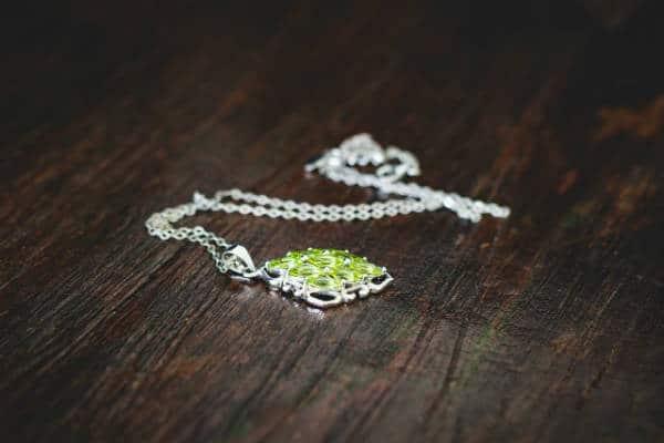 Anja-Tochtermann-Peridot-jewellery