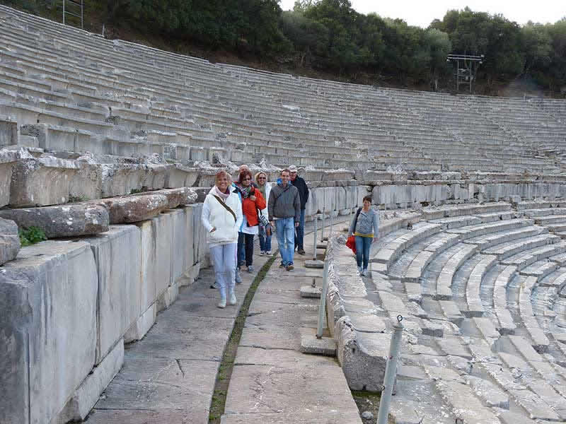 Epidaurus1-Friedrich-Strobl-Befreie-dein-Inneres-Kind