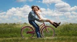 Partner finden-Rad-Beziehung-Sonne-Warfel-Paar-Pheromone