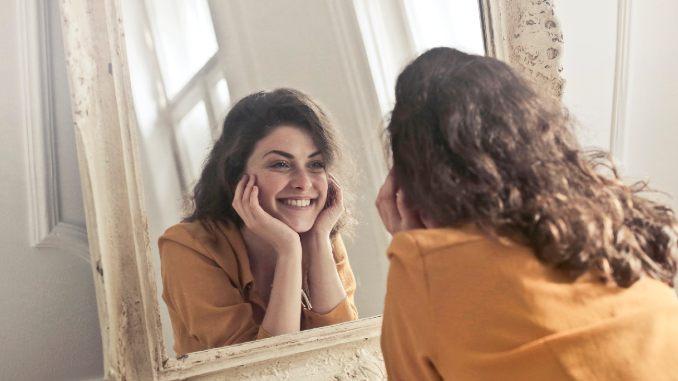 erkennen-frau-adult-beautiful-face