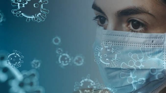 Frau-Schutzmaske-coronavirus
