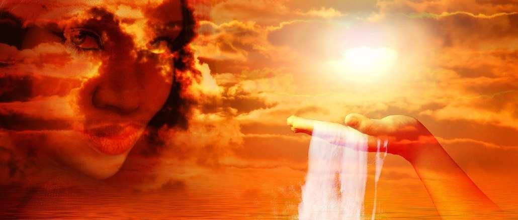 engel-Sitael-fantasy-wolken-gesicht-hand-licht-sea