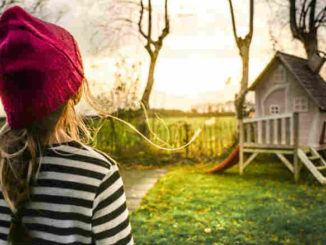 kind-gartenhaus-girl