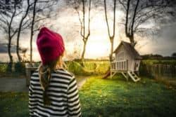 kind-gartenhaus-girl