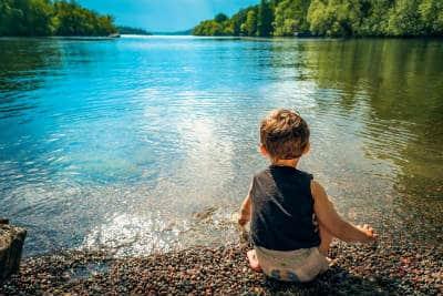 kind-see-fantasiereisen-meditation-child
