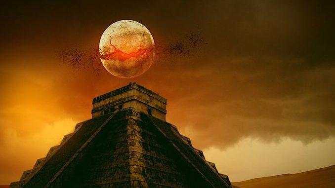 maya-kalender-pyramide-sonnenuntergang-pyramid