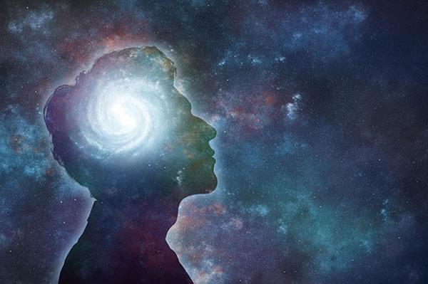 Ist Hypnose ein spezifisch veränderter Bewusstseinszustand-mann-kopf-licht-universum