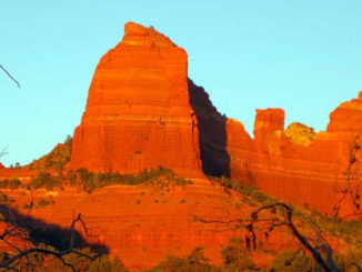 LaraMarie-Obermaier-Red-Socks-Sedona