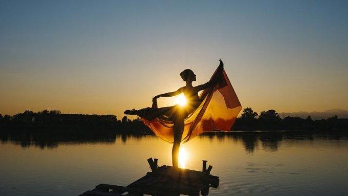 tanzen-sonnenuntergang-ballerina