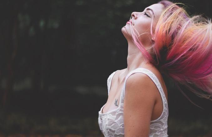 weiblichkeit-frau-haare-beautiful