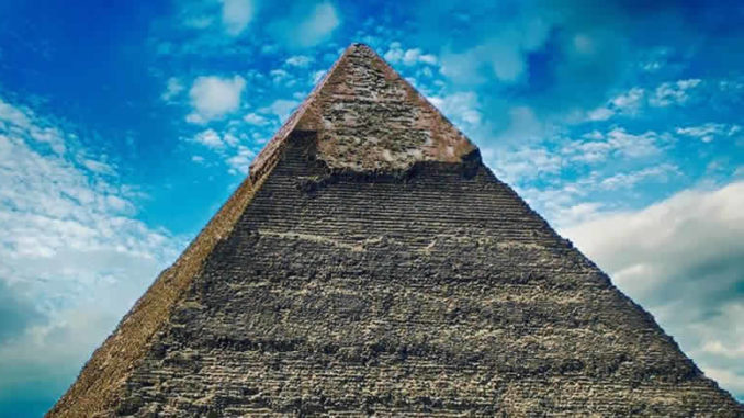 Spirit Cornerstone-pyramide-himmel-wolken-pyramid