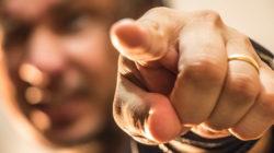 finger-zeigen-kraft-gesturing-hand