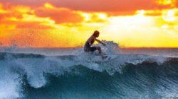 surfer in der Abendsonne