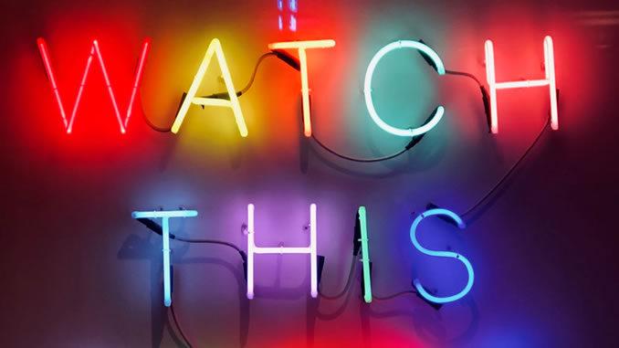 Redewendungen-watch-this.unplash