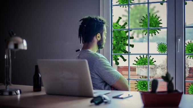 lockdown-lifepassion-men-watching-outside