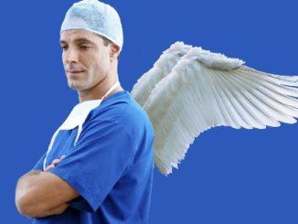 spirituelle-erfahrungen-arzt-praxis-doctor