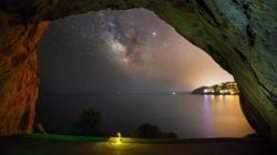 wahrheit-grotte-milchstrasse-bucht-mily-way