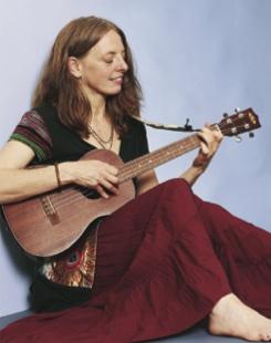 shankari-susanne-hill-ukulele