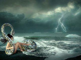 heilkunst-frau-schlange-fantasy