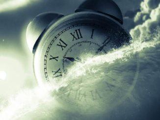 uhr-himmel-zeit-freiheit-clock