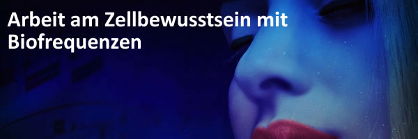 text-neowake-zellbewusstsein-blau-frau-gesicht-lippen