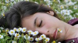 Einschlafhilfe und der Trick der in 2 Minuten wirkt