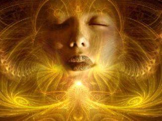 spiritualitaet-frau-gesicht-gold-fantasy